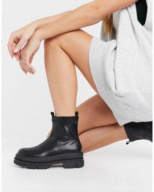 RAID Dusty chunky chelsea boots in black