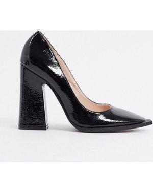 RAID Daleyza block heeled shoe with statement square toe in black