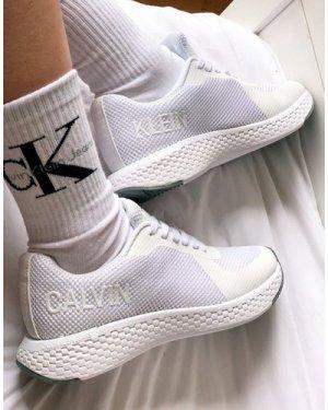 Calvin Klein Jeans alma trainers in white