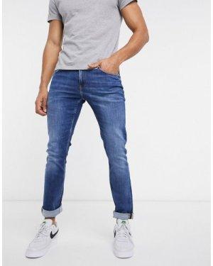 Calvin Klein Jeans slim fit jeans in mid wash-Blue