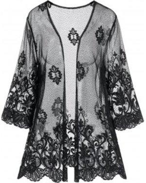 Plus Size Scalloped Anthemion Lace Robe