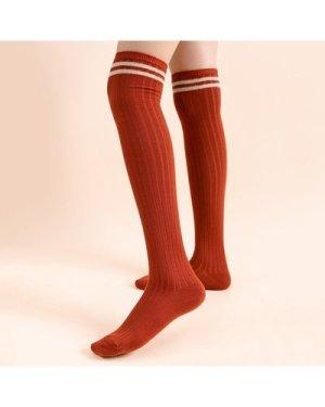 Striped Pattern Knee Socks