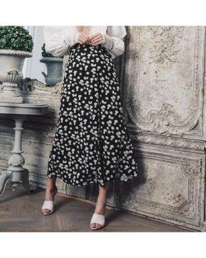 Zipper Detail Daisy Print Skirt