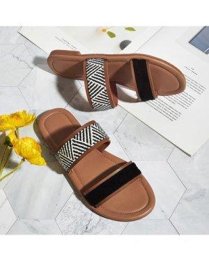 Chevron Graphic Double Band Slide Sandals