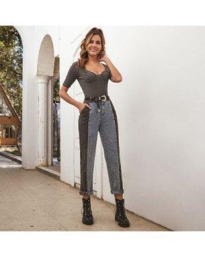 Two Tone Pocket Side Mom Jeans