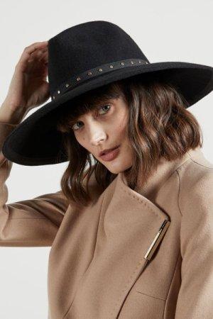 Stud Detail Wool Hat