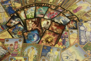 Who Else Wants to Do Oracle or Tarot Readings—Without a Deck? by Tess Whitehurst