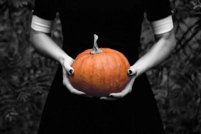 10 folk beliefs about samhainhalloween