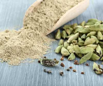 Aromatherapy and Herbs for Yule - Cardamom