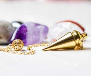 How to Use a Pendulum Divination