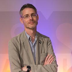 James Cridland Radio Futurologist & Editor PodNews.net