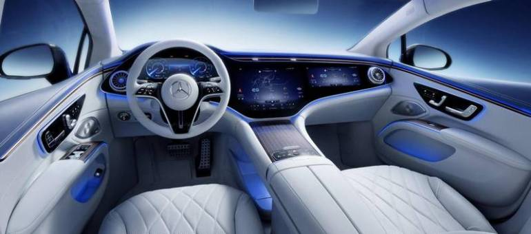 Hyperscreen Mercedes sulla nuova EQS