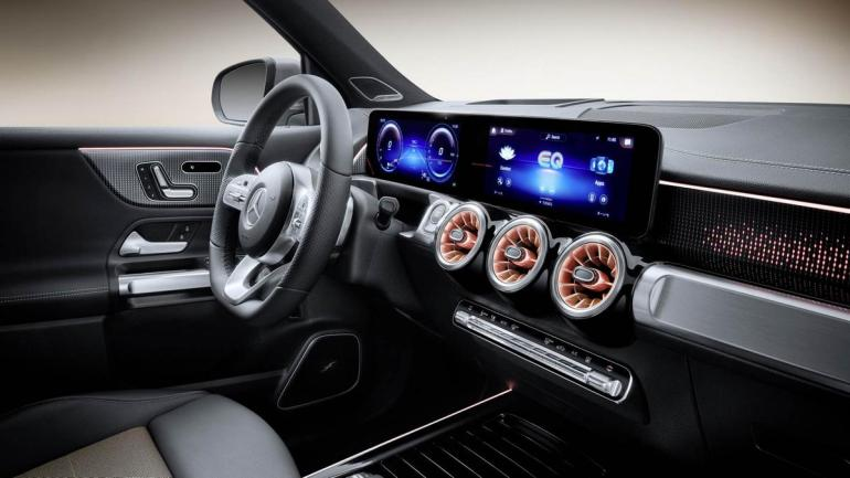 Plancia Mercedes EQB