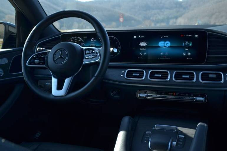 Interni e plancia Mercedes