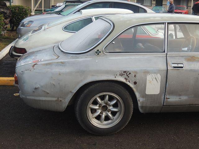 Un'auto durante il California Melee