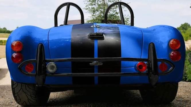 Vista posteriore della AC Cobra 4-Electric