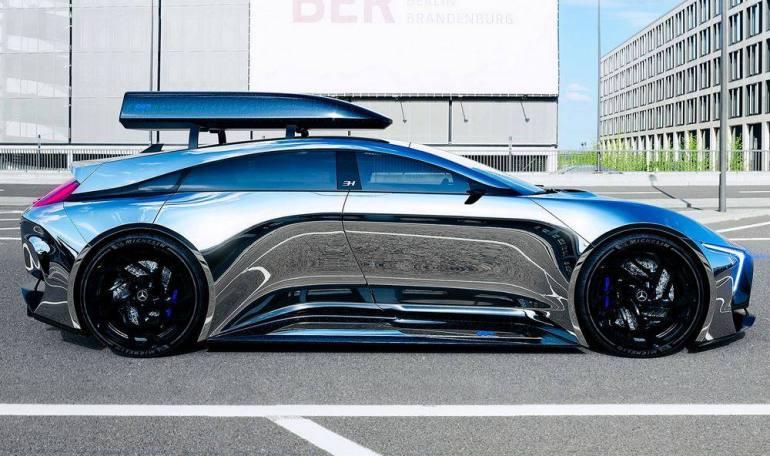 Profilo Mercedes EQR