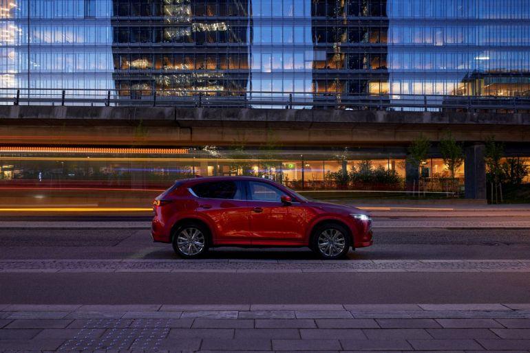 Profilo della Mazda CX-5 2022