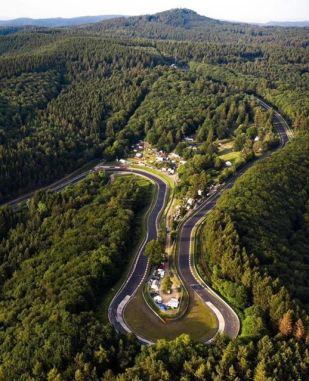 Curva Karussell Nurburgring