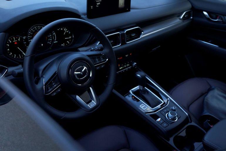 Posto di guida Mazda CX-5