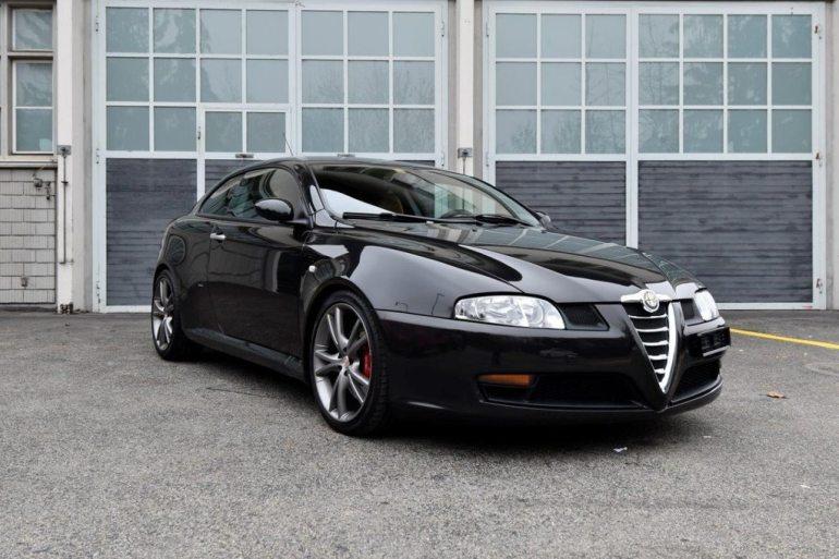 Alfa Romeo GT V6