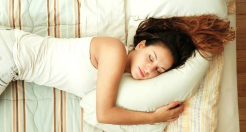 Ways-to-lose-weight-while-you-sleep1