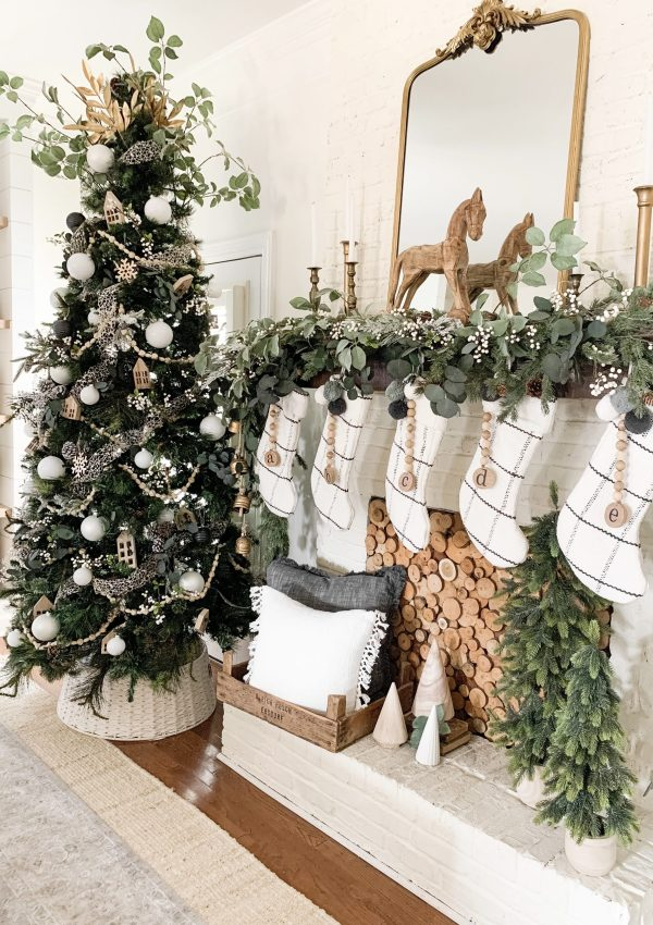 My 2020 Neutral and Gold Christmas Home Tour