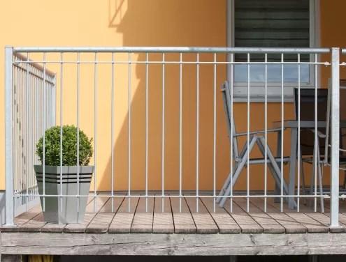 Terrassengeländer Ancona in feuerverzinkter Ausführung