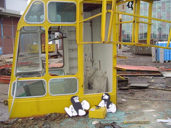 explosie, bom, opblazen, ontploffing, art, contemporary art, robert, pennekamp, van gendthallen, amsterdam, oostenburger eiland, streetart, interventie