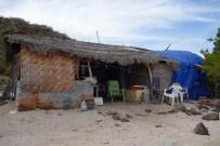 Une cabane habitée sur la playa Requeson