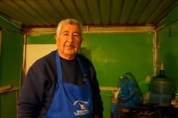 San Ignacio, Mexique : Agustin le roi du taco, avec toujours un petit en coin.