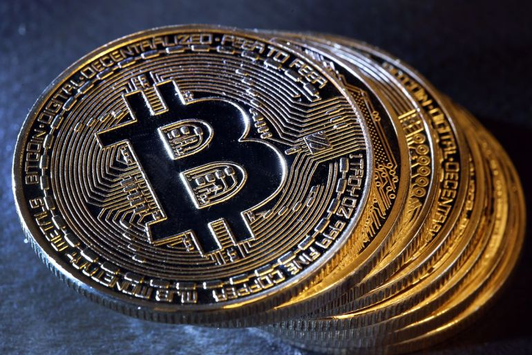 Bitcoin Price Finally Drops Nearly 10%