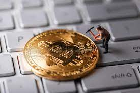 In the Battle of Safe Havens Bitcoin is Outshining Gold