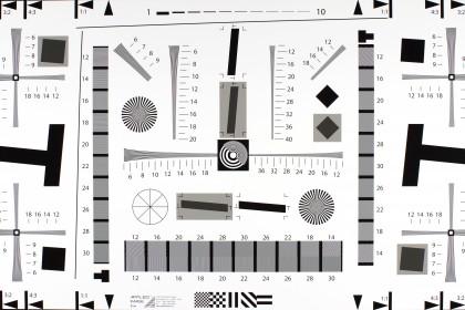 Pentax K-S2 resolution chart