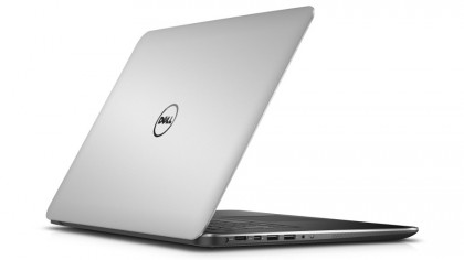 Dell XPS 15 rear