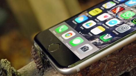 Siri may soon answer calls and turn your voicemail into text