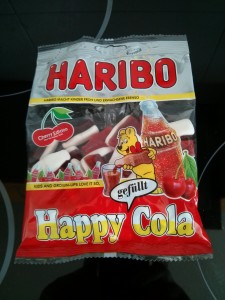 HARIBO Happy Cola gefüllt Cherry Edition