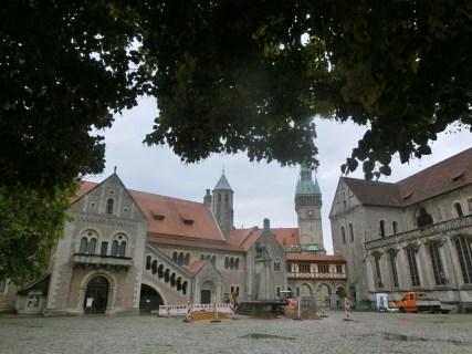 Braunschweig, Burg & Dom (links)