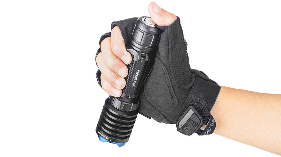 Test OLIGHT Warrior X Pro Lampe Torche LED Puisante