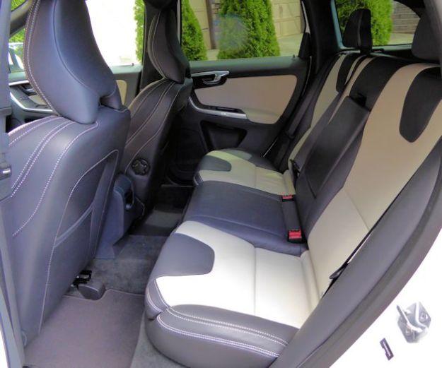 2015.5 Volvo XC60 rear seat