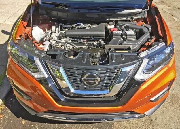 Nissan-Rogue-SV-AWD-Eng