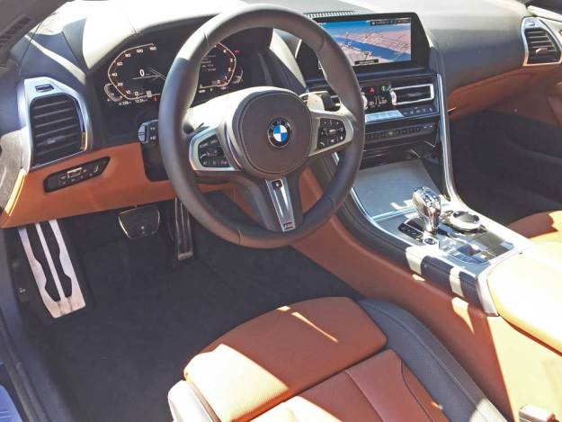 BMW-M850i-Dsh
