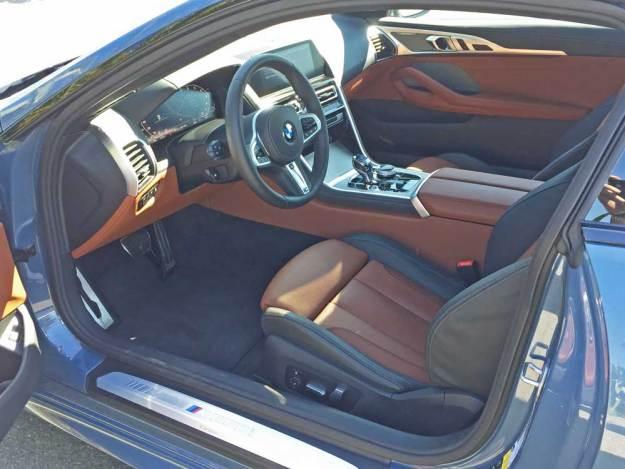 BMW-M850i-Int
