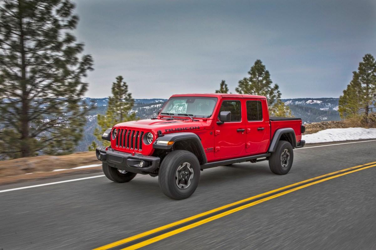 2020 Jeep Gladiator Rubicon Test Drive     Automotive ...