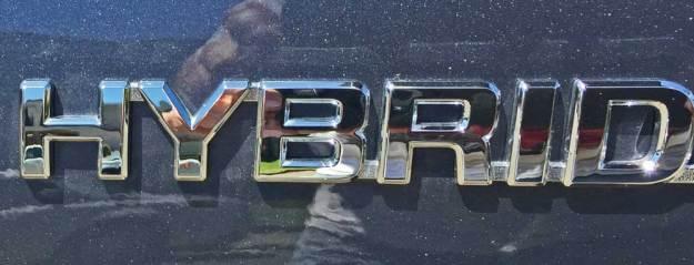 Toyota-Highlander-Hybrid-Logo