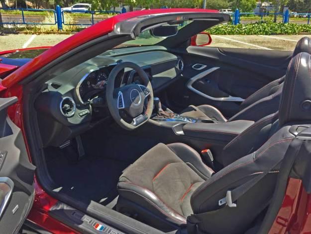 Chevy-Camaro-ZL1-Conv-Int