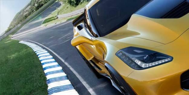 2015-Chevrolet-CorvetteZ06-002