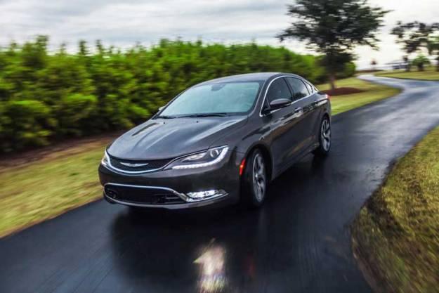 2015-Chrysler-200-Black-Driving-Front