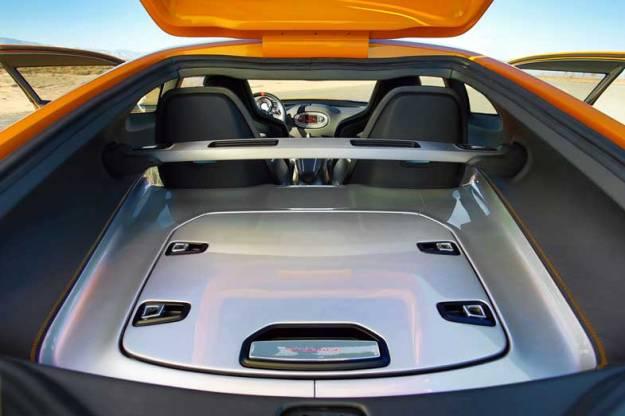 Kia-GT4-Stinger-Concept-Trunk