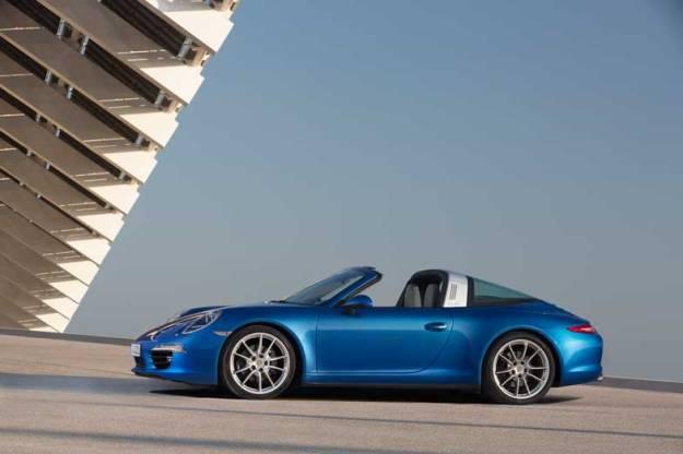Porsche-911-Targa-Side